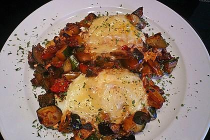 Gemüsepfanne mit Eiern und Käse 28