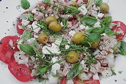 Salatplatte mit Thunfisch