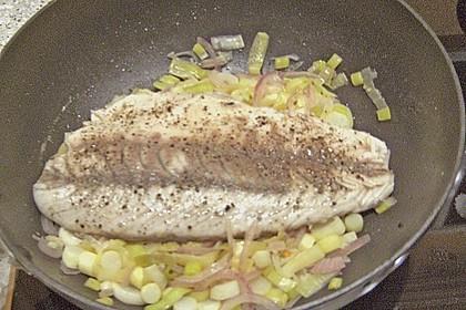 Lachs im Lauchbett mit beurre blanc 3