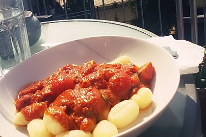 Gnocchi mit Tomatensauce 2