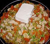 Gemüsepfanne mit Hähnchenbrustfilet (Bild)