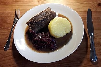 Rinderrouladen mit Rotkohl und Kartoffelklößen 1