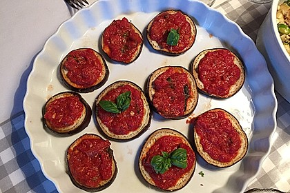 Auberginen mit Tomatensugo und Parmesan überbacken 19