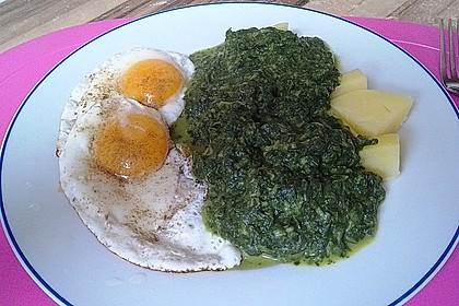 Spinat, Spiegelei und Salzkartoffeln 13
