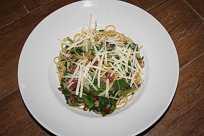 Spaghetti mit Speck und Rucola (Bild)