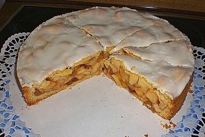 Gedeckter Apfelkuchen 2