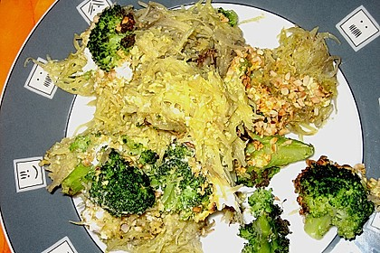 Kartoffel - Brokkoli - Auflauf mit Macadamiakruste