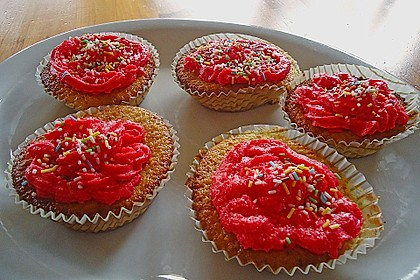 Vanilla Cupcakes 38