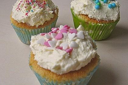 Vanilla Cupcakes 33