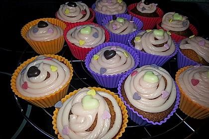 Vanilla Cupcakes 22