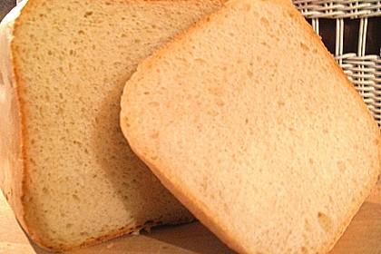 Weißbrot im Brotbackautomaten 1