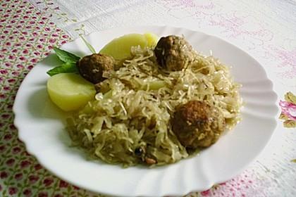Sauerkrauttopf mit Klößchen