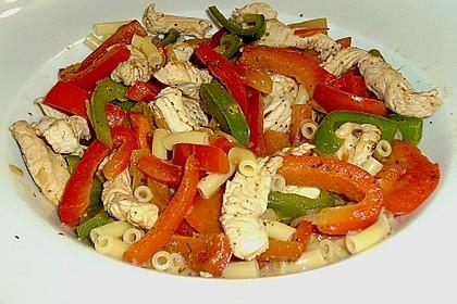 Hähnchen - Nudel - Pfanne mit Paprika 2