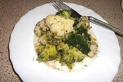Brokkoli - Blumenkohlsalat