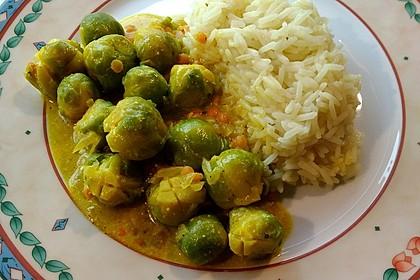 Rosenkohl-Linsen-Curry (Bild)
