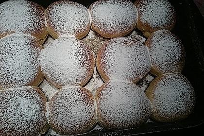 Bayerische Rohrnudeln mit Zuckerkruste 4