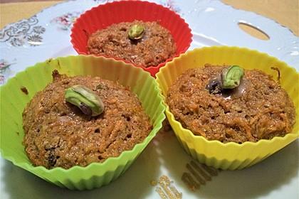 Karotten - Walnuss - Rosinen - Muffins (Bild)