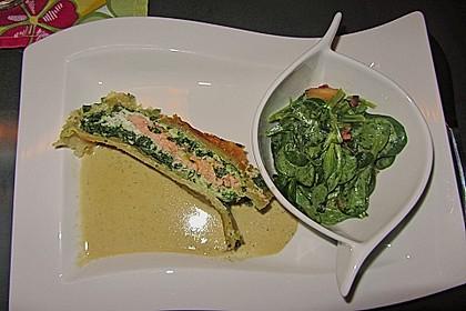 Lachs im Blätterteig mit Champagner-Estragon-Sauce 6