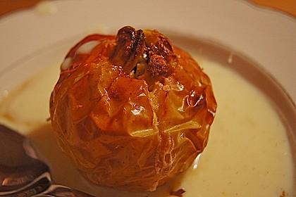 Illes leckerer Bratapfel mit Vanillesoße ohne Zucker