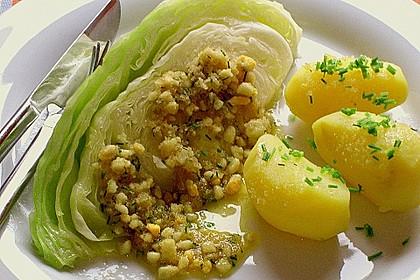 Spitzkohl mit Ei-Buttersauce