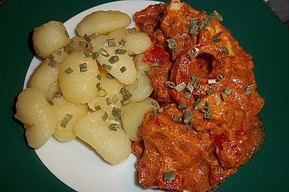 Schupfnudeln mit Paprika - Hähnchensoße 30