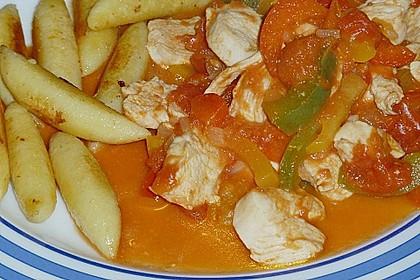 Schupfnudeln mit Paprika - Hähnchensoße 18