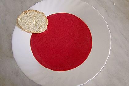 Erdbeersüppchen mit gebackenen Erdbeeren und Mangosorbet 1