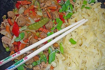 Asia Wok - Pfanne mit Hackbällchen und Filetspitzen