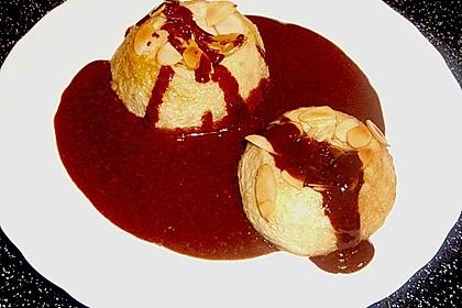 Bratäpfel mit Schokosoße und Mandeln 3