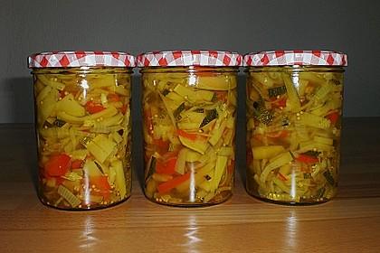 Süßsaure Zucchini (Bild)