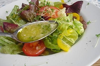Unsere liebste Salatsoße 10