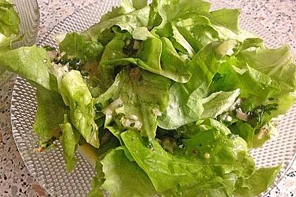 Unsere liebste Salatsoße 13