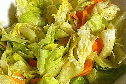 Unsere liebste Salatsoße 17