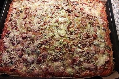 Hot Dog Pizza - Cheesy 1