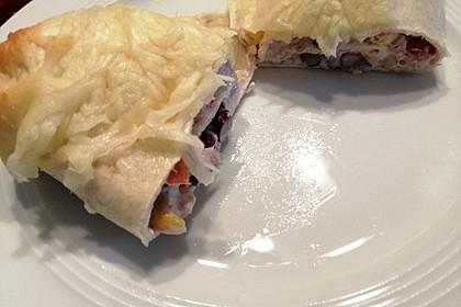 Überbackene Wraps mit Mais und Kidneybohnen (Bild)