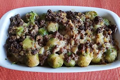 Rosenkohlauflauf mit Hackfleisch und Kartoffeln 3