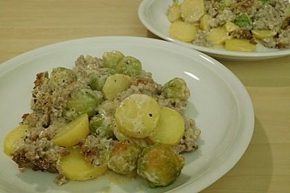 Rosenkohlauflauf mit Hackfleisch und Kartoffeln 8