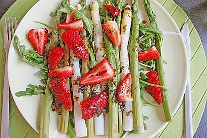 Spargel-Erdbeersalat 14