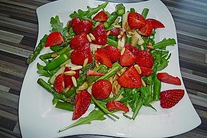 Spargel-Erdbeersalat 16