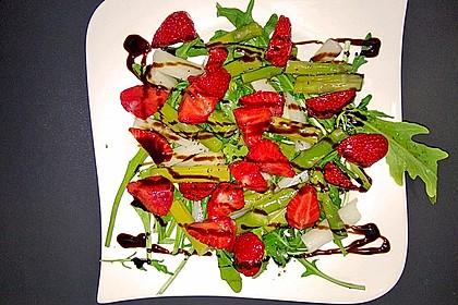 Spargel-Erdbeersalat 23