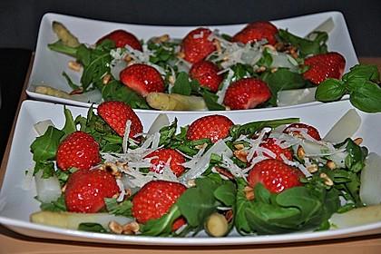 Spargel-Erdbeersalat 12