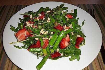 Spargel-Erdbeersalat 18