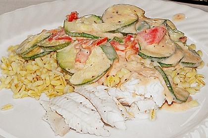 Fisch mit Zucchini - Tomatensauce 1