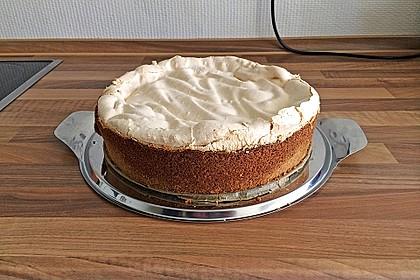 Rhabarberkuchen mit Vanillepudding und Baiser 10