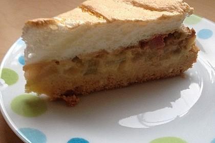 Rhabarberkuchen mit Vanillepudding und Baiser 11