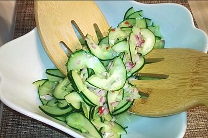 Asiatischer Gurkensalat 3