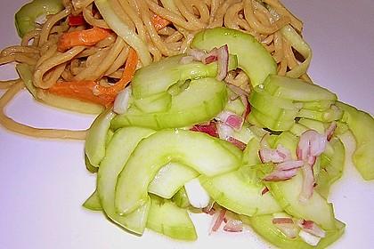 Asiatischer Gurkensalat 5