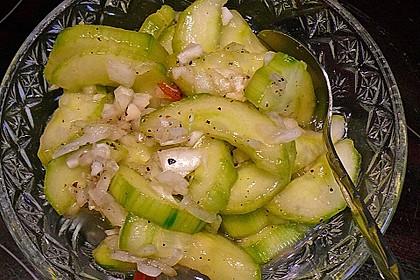Asiatischer Gurkensalat 12