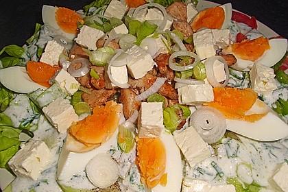 Großer Salatteller mit Hähnchenbrustfilet 2