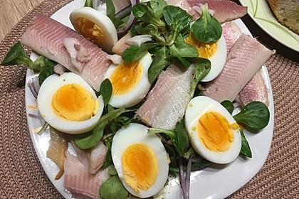 Feldsalat mit Ei und Forellenfilet 2